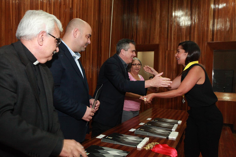 Honor A Quien Honor Merece: La UCAB Condecoró A Sus