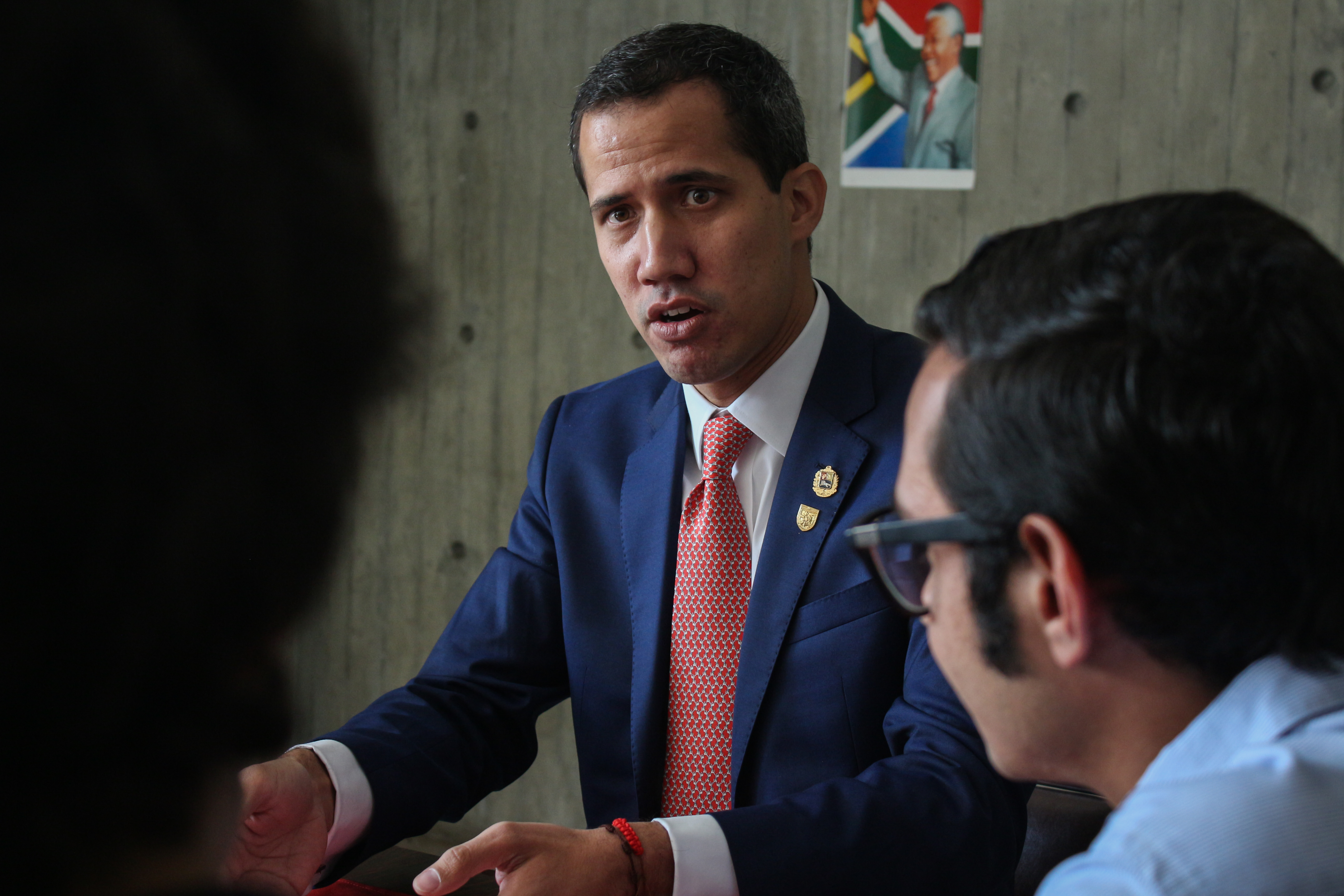 Guaidó-y-estudiantes-UCAB-11-abril-2019-33