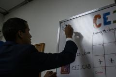 Guaidó-y-estudiantes-UCAB-11-abril-2019-35