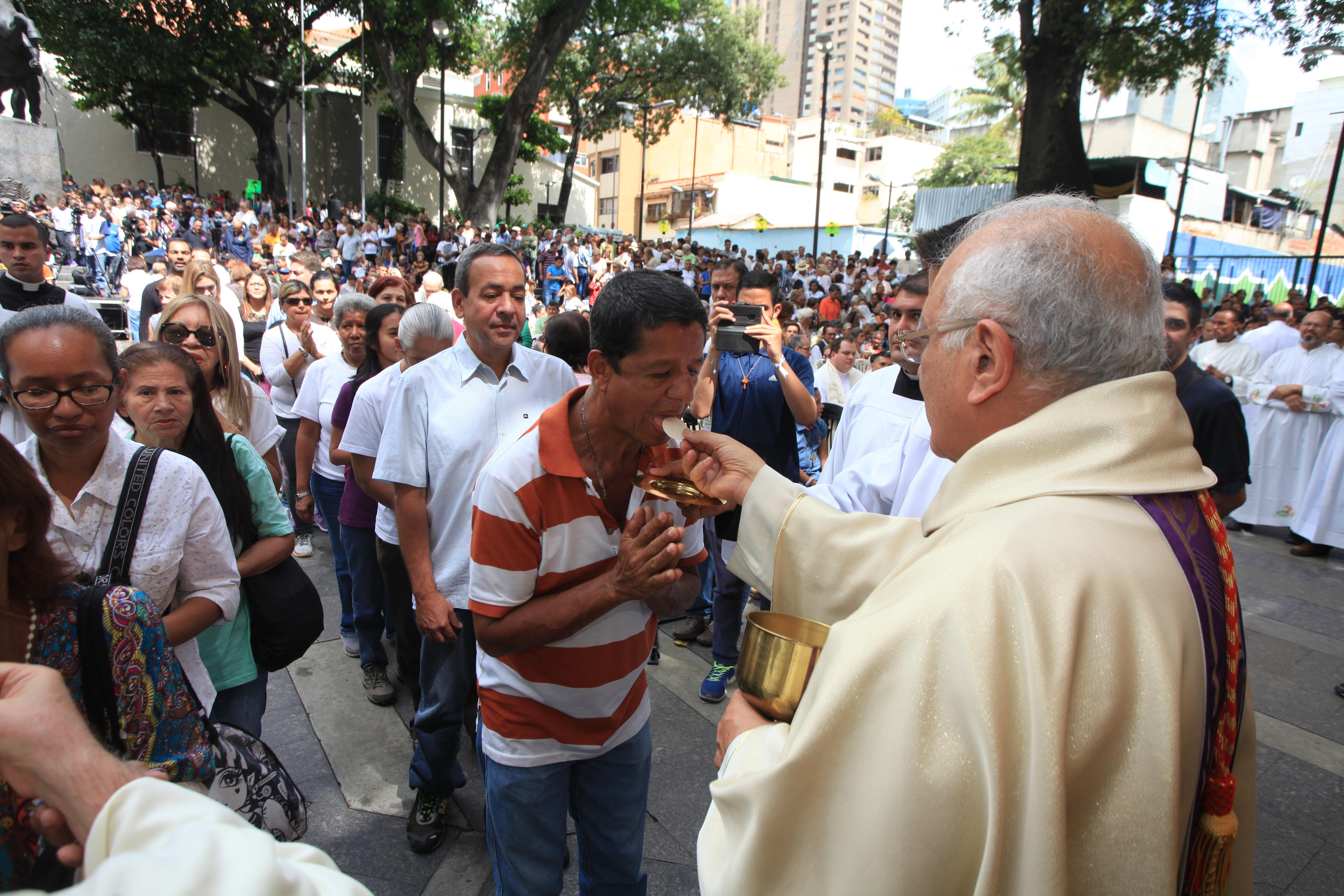 MISA DE LA ESPERANZA-1 DIC-FOTOS MANUEL SARDÁ (332)