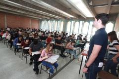 Prueba de Conocimientos UCAB Abril 2019-Estudiantes presentando (19)