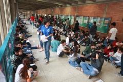 Prueba de conocimientos UCAB Abril 2019-Vista colas y multitud (15)