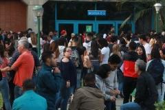 Prueba de conocimientos UCAB Abril 2019-Vista colas y multitud (2)