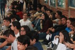 Prueba de conocimientos UCAB Abril 2019-Vista colas y multitud (20)