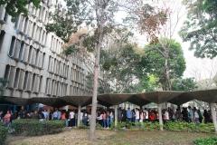 Prueba de conocimientos UCAB Abril 2019-Vista colas y multitud (6)