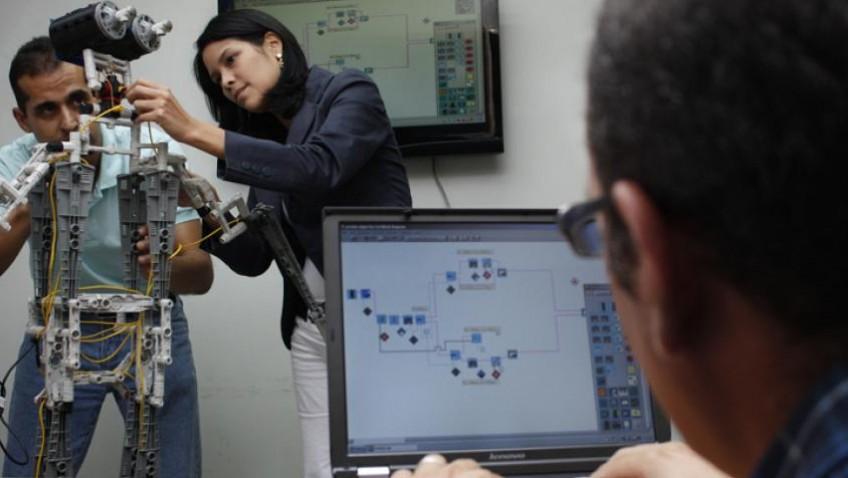 Equipo de robótica destacó en competencia latinoamericana