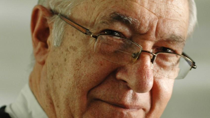 Luis Ugalde fue electo Individuo de Número de la Academia Nacional de la Historia