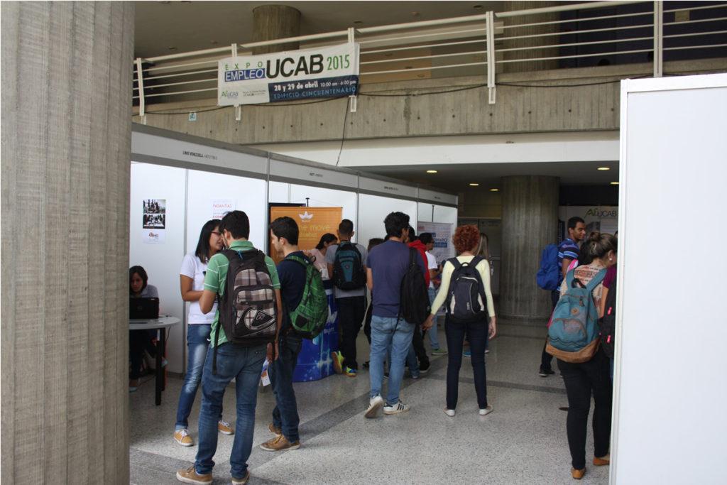 Feria de empleo for Ofertas de empleo banco exterior