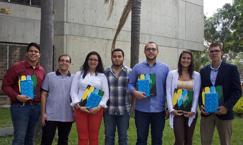 Premiaron a ganadores de Proyecta tu UCAB