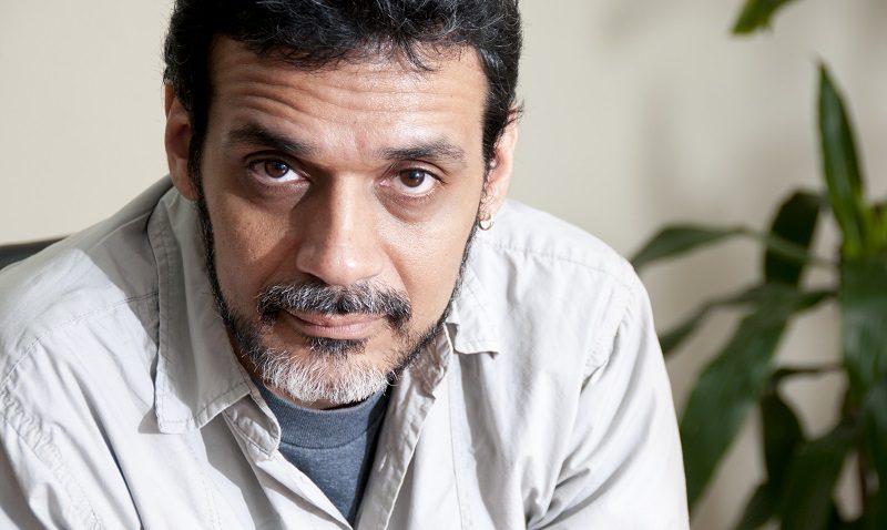 Caracas muerde con Héctor Torres