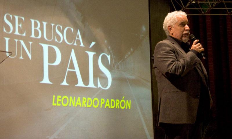 Leonardo Padrón llenó el Aula Magna