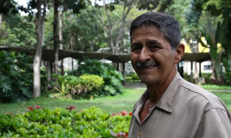 Un andino en los jardines de Caracas