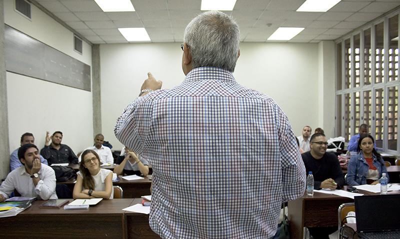 Comienza el proceso de evaluación a docentes