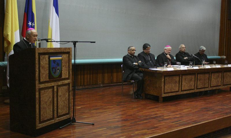 Retos políticos y religiosos para el episcopado