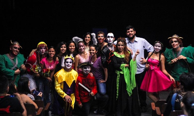 Lucy y su Mundo Imaginario de estreno en Teatro UCAB