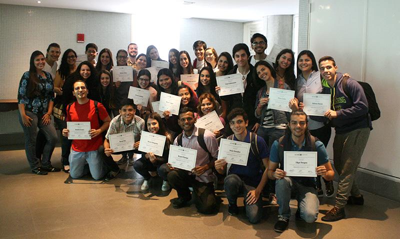 Embajadores UCAB fueron certificados