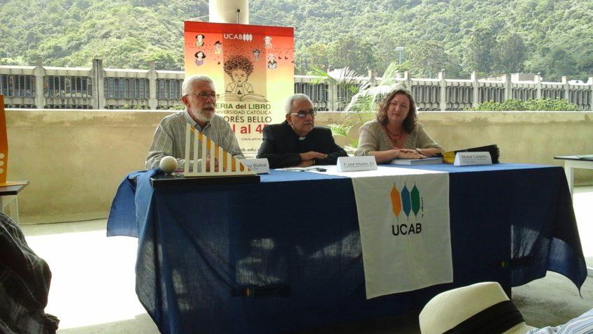 La UCAB celebra la lectura con la 1era Feria del Libro del Oeste de Caracas