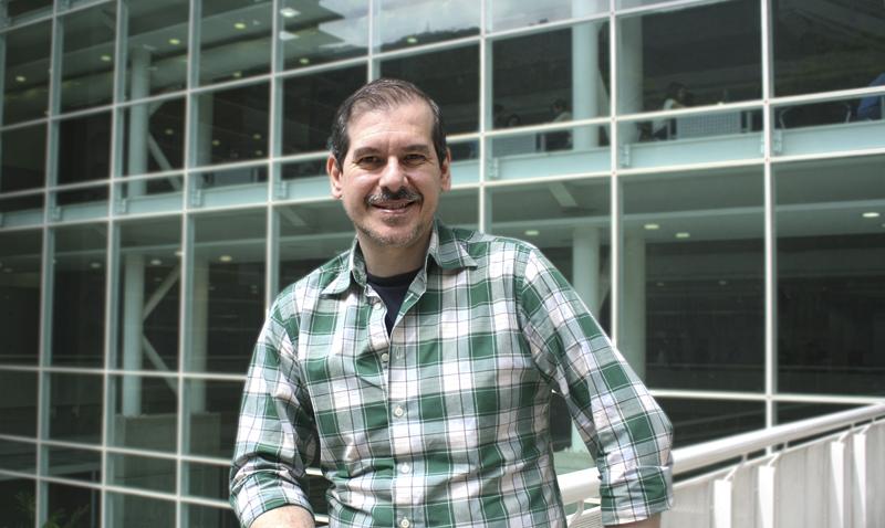 Vidal Barrera: autor de los foros de horror