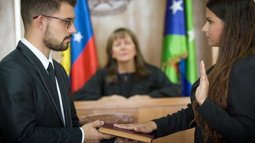 7 argumentos para que estudies Derecho