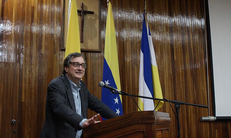 """García Velutini: """"Es posible mantener la esperanza en la educación en Venezuela"""""""