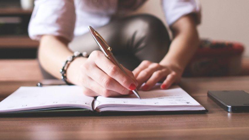 Escribe un texto de la mejor manera