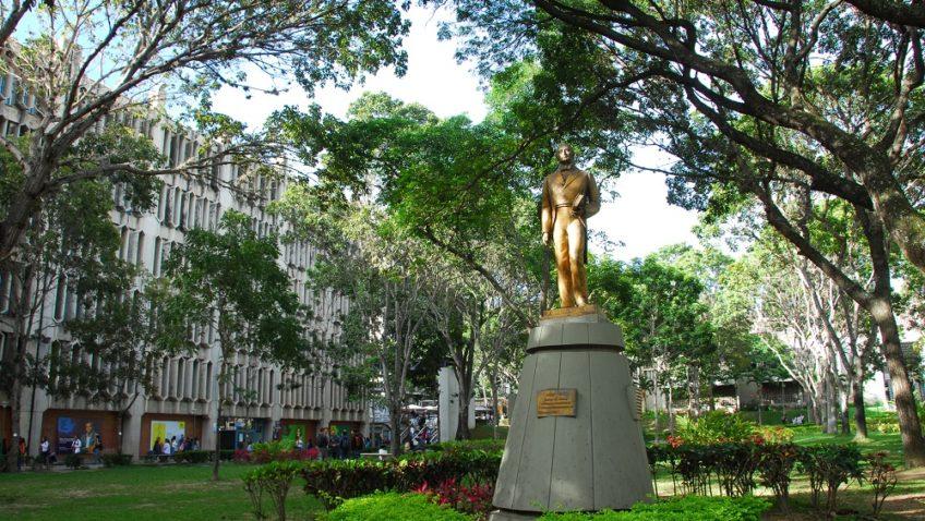 Facultad de Derecho de la UCAB también rechaza sentencias del TSJ