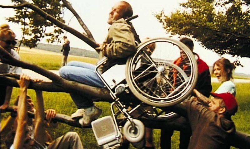 """Estudiantes analizarán la película """"Los Idiotas"""" de Lars Von Trier"""