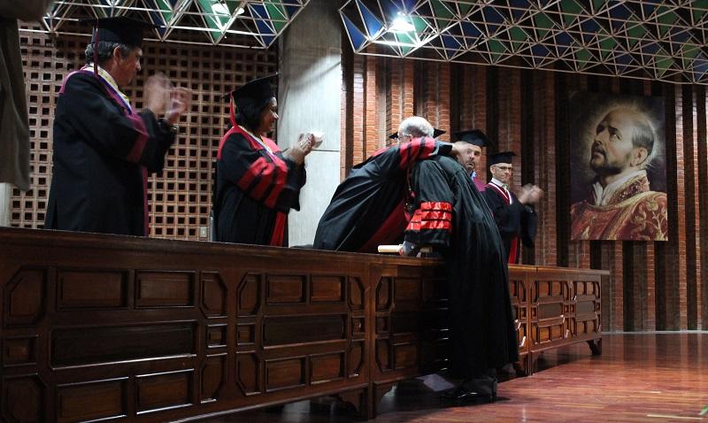 La UCAB otorgó Doctorado Honoris Causa a Alfredo Morles