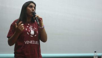 Estudiantes ucabistas llaman a clases sin olvidar la protesta