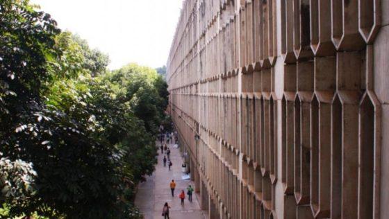 Con clases a distancia, la UCAB reiniciará actividades académicas el 27 de abril (+resoluciones)