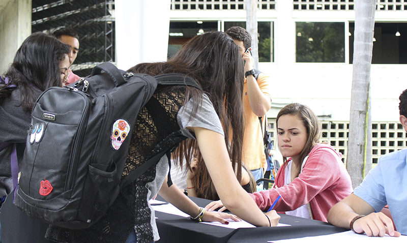 Así firmaron ucabistas en apoyo a labor de Luisa Ortega contra Constituyente