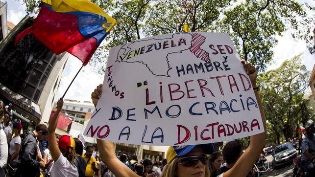 Estudio de la UCAB revela que casi 80% de los venezolanos quiere cambio a través de elecciones