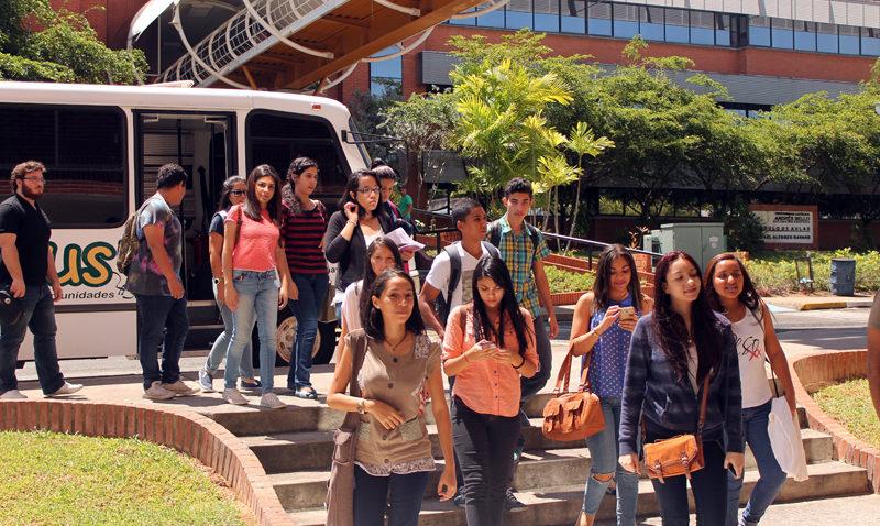 La UCAB Guayana recibió a sus estudiantes