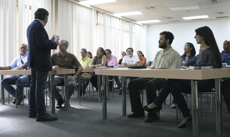 La UCAB capacita a dirigentes comunitarios en gestión ambiental