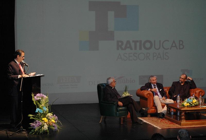 Especialistas presentaron alternativas para enfrentar la crisis en el año 2018