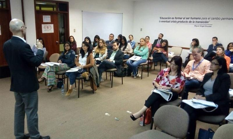 La UCAB ofrece a las empresas soluciones educativas para enfrentar 2018