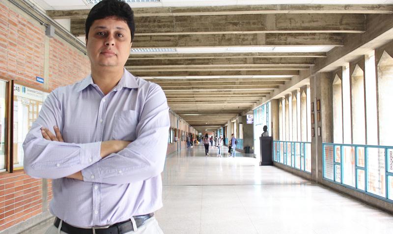 «2018 es un año decisivo para los docentes»: Habla el director de la Escuela de Educación de la UCAB