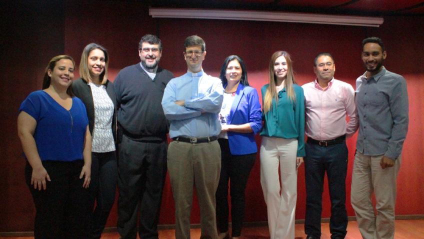 Editorial Primicia otorgará becas a estudiantes de UCAB Guayana