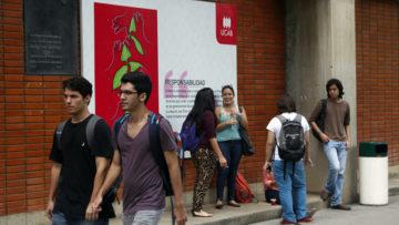 Dirección de Egresados emprende campaña de recaudación para fondo de becas