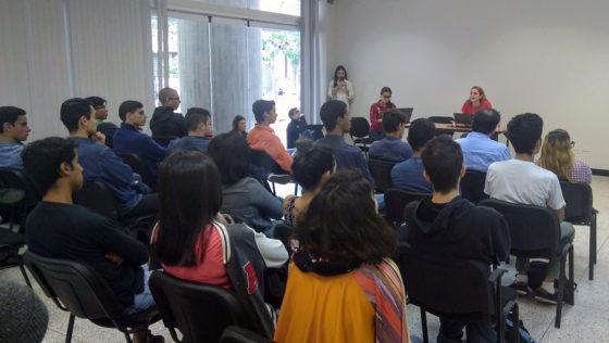 Estudiantes ucabistas discutieron ideas para la lucha por la democracia