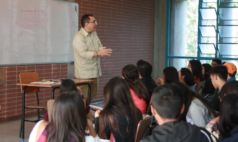 Ya arrancó el proceso de evaluación a los profesores ucabistas