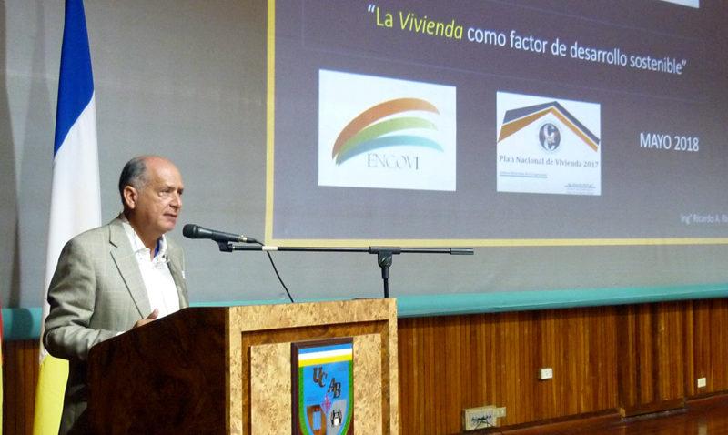 Presentan en Reto País de la UCAB plan de vivienda para brindar calidad de vida a los venezolanos