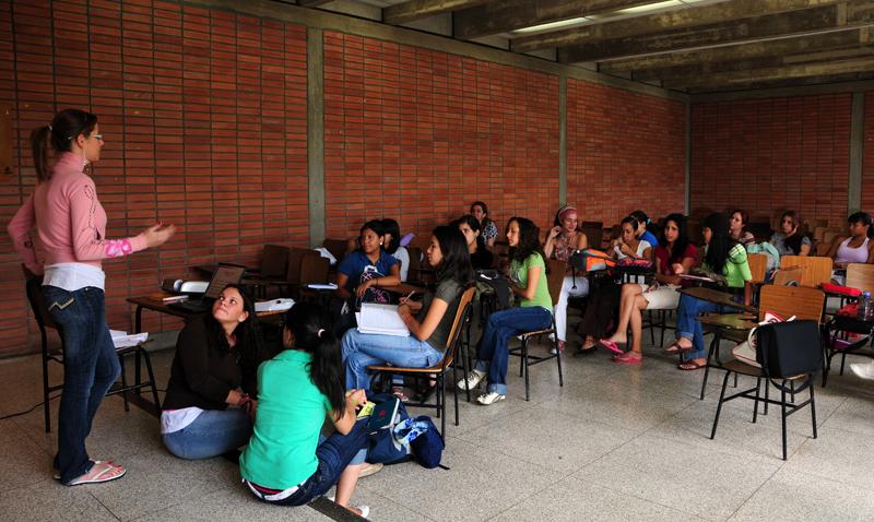 Abierta segunda convocatoria a becas Educa 20-20 para futuros maestros