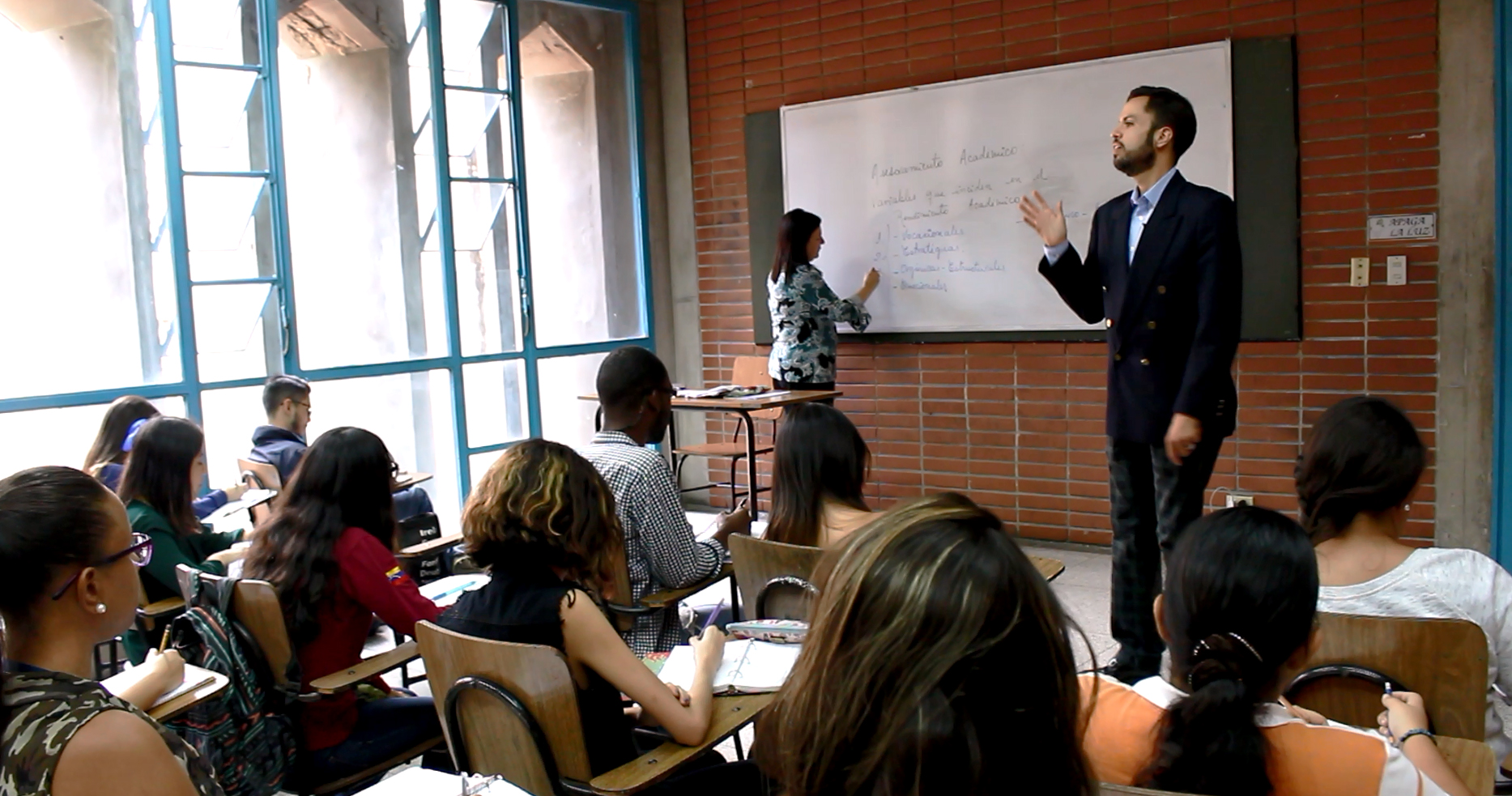 Comenzó censo vocacional para interesados en becas Educa 20-20