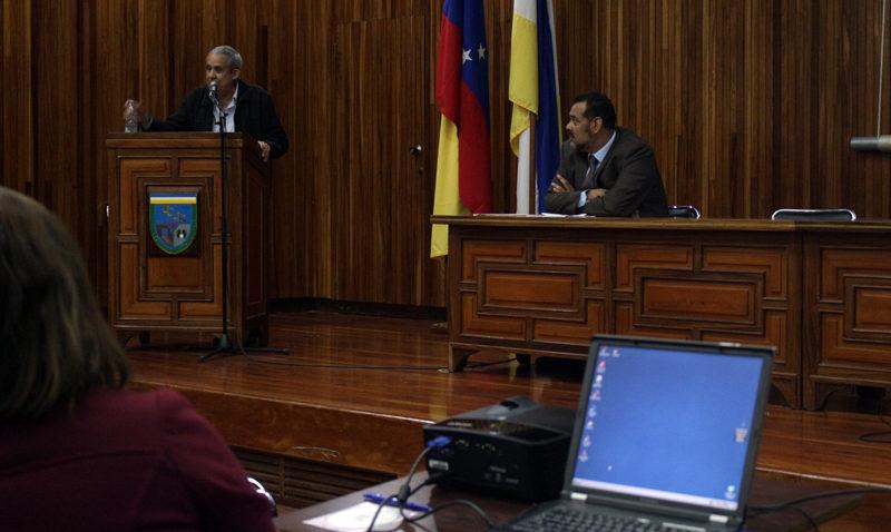 Expertos llaman a las universidades venezolanas a no rendirse