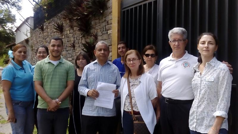 Miembros de la Red de Acción Social de la Iglesia manifestaron frente a la Embajada de Nicaragua