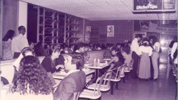 #TBTUCAB: Así era el cafetín en los años 90