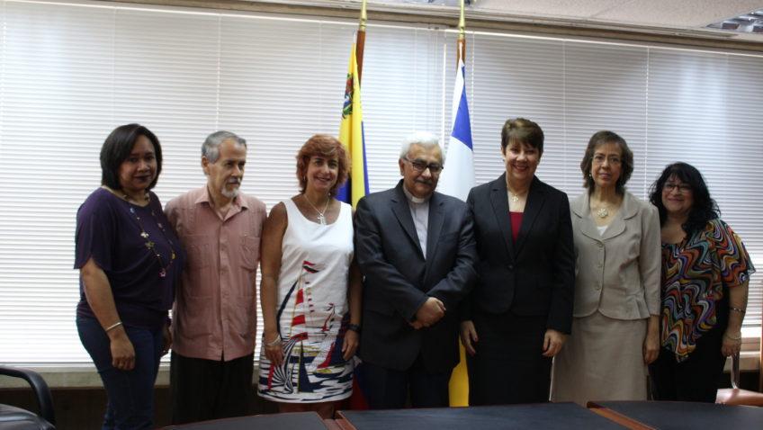 La Católica selló alianza de cooperación con la Universidad Central de Venezuela