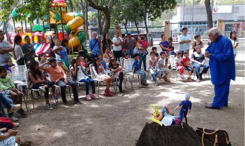 Niños de Antímano disfrutaron toma cultural organizada por la UCAB
