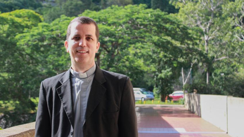 Danny Socorro asume la misión de fortalecer la Escuela de Psicología